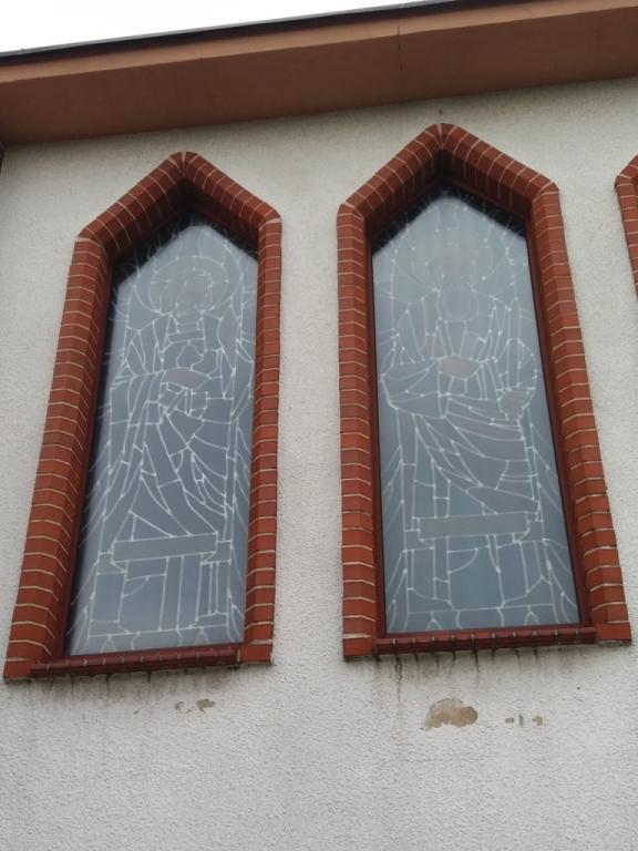 elewacja ścian kościoła