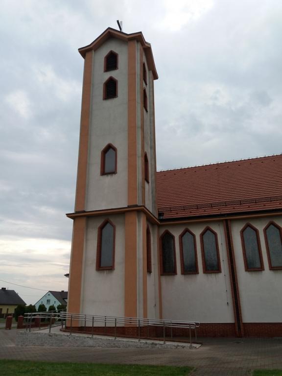 elewacja wieży kościoła