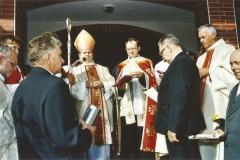 poświęcenie-kościoła 15.09.2002